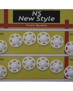 """Кнопки для одягу """"New  Style"""" 18 mm (білого кольору), 1 кнопка - 5 грн. Арт 289"""